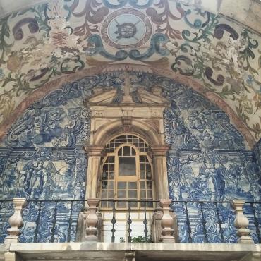 Arco barroco na Porta da Vila