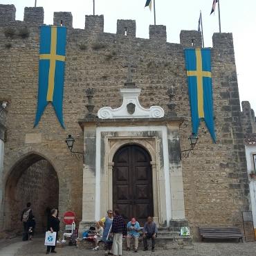 Capela dedicada à Nossa Senhora da Piedade na Porta da Vila de Óbidos