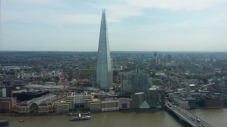 The Shard visto por outro arranha-ceu de Londres, o Sky Garden