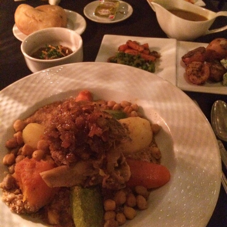 Couscous com lamb tajine no Ricks's Cafe em Casablanca, Marrocos