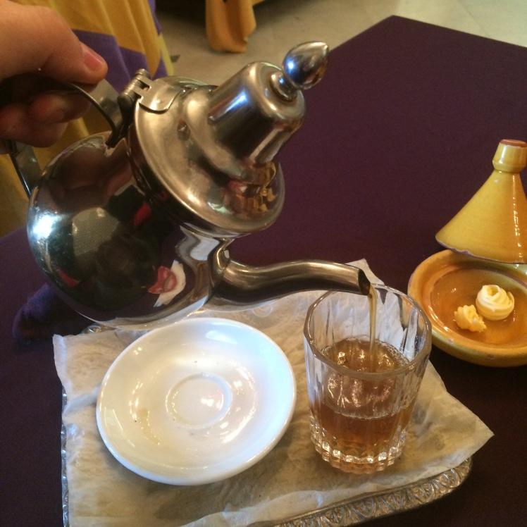 Chá Chá Marroquino no Riad - O chá de menta - Casablanca / Marrocos. O chá de menta - Casablanca / Marrocos