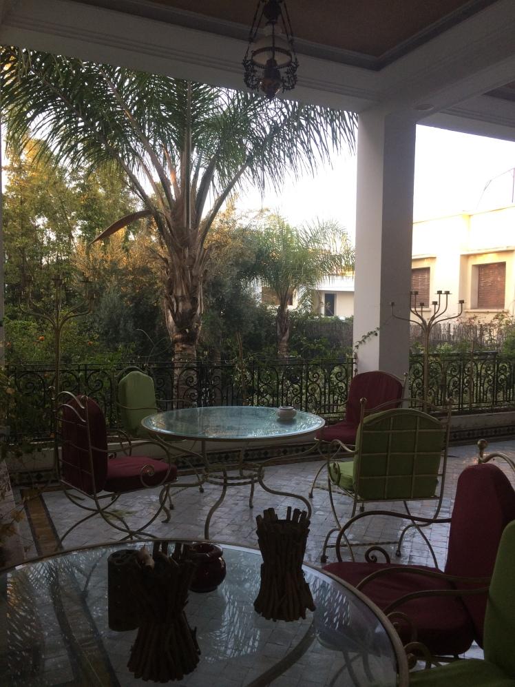 Área externa do Jnane Sherazade Riad em Casablanca, Marrocos