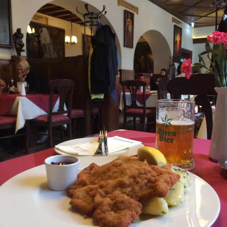 O Schnitzel - Restaurante e Cervejaria Sternbräu