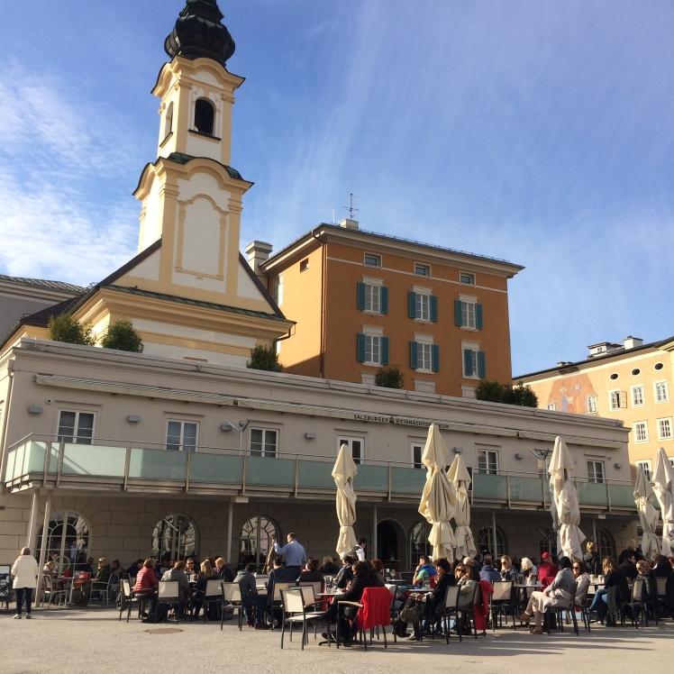 A charmosa Mozartplatz - Salzburg