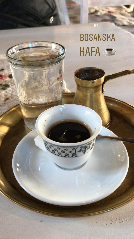 Café Bosnio, bem forte! Bosanska Kafa em Mostar