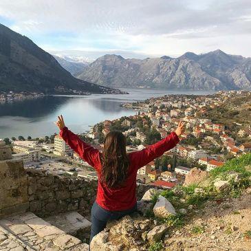 Muralhas de Kotor e os seus fiordes - Subida até o topo tem mais de 1500 degraus.